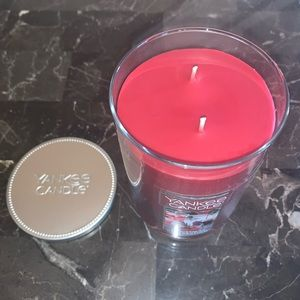Yankee Candle Accents - Yankee Candle: Christmas Celebration